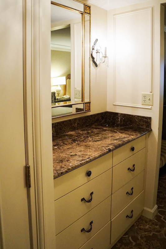Hotel Hershey - room entryway
