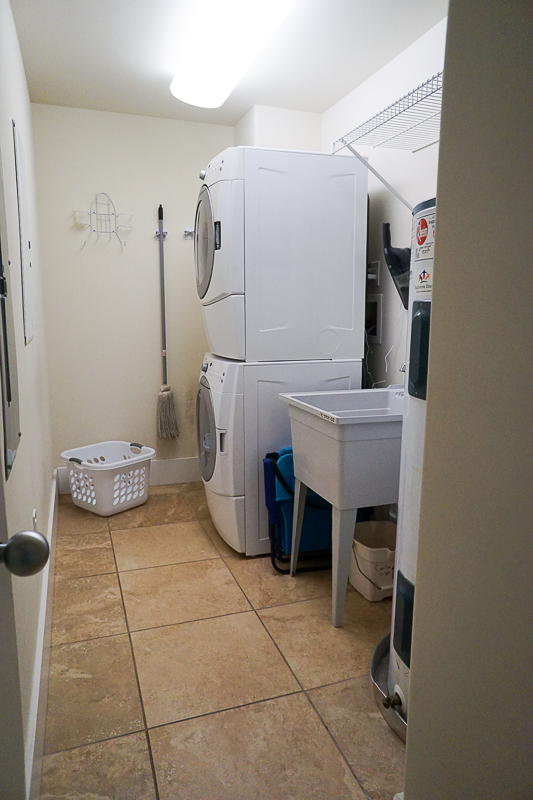 Caribe Resort - laundry room