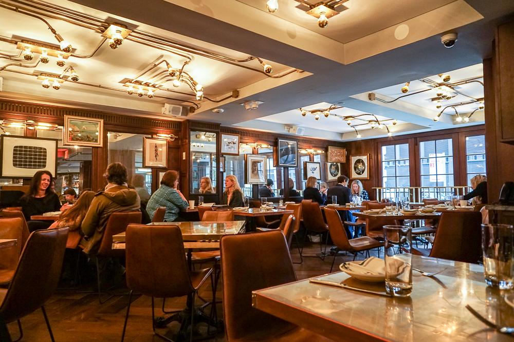 Henry - restaurant at LIFE Hotel
