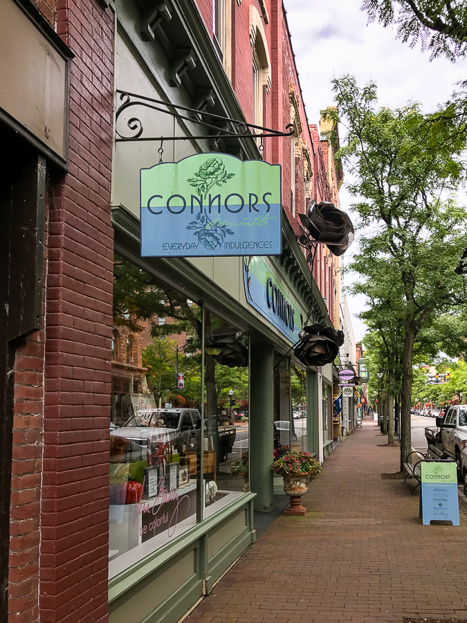 Connors boutique in Corning