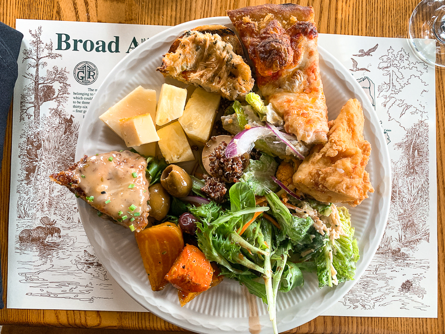 Broad Arrow Tavern lunch buffet